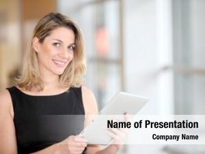 Electronic businesswoman using tab