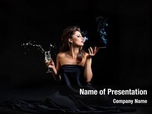 Champagne glamour women cigarette black