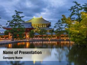 Todai ji nara daibutsu reflecting pond