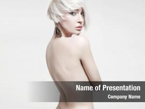 Photo vogue style naked woman