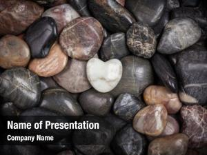 Shaped stones heart white stones