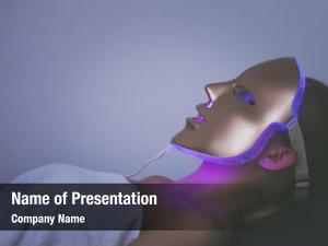 Light woman led therapy facial