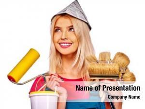 Newspaper builder woman hat