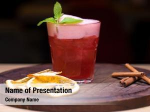 Raspberry alcoholic cocktail flavor