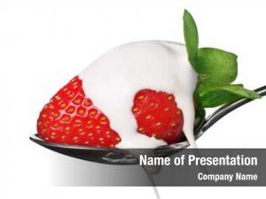 Cream, delicious strawberry focus front
