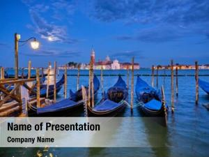 Venice romantic vacation travel gondolas