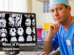 Mri experienced doctor scan brain
