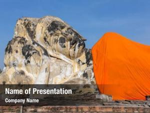 Wat reclining buddha lokayasutharam ayutthaya,