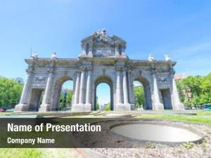 Grand puerta alcala: monument spanish