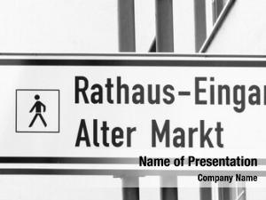 (meaning rathaus eingang town hall