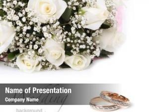 Roses wedding rings bouquet