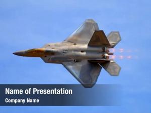 Fighter f 22 raptor jet airshow