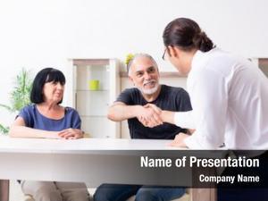 Giving financial advisor retirement advice