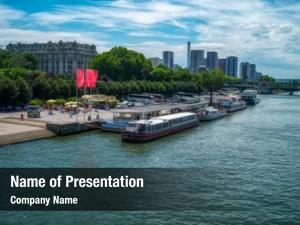Paris starting point seine cruises,