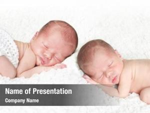 Twins newborn baby asleep white