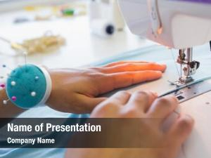 Using college student sewing machine