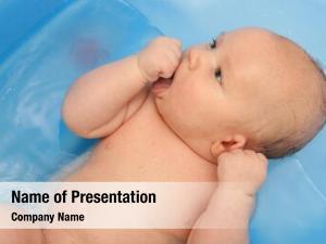 Bath newborn baby