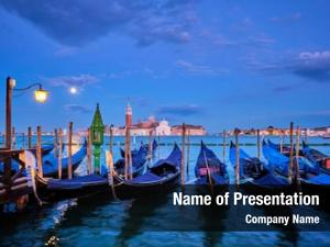 Venice romantic vacation travel gondolas