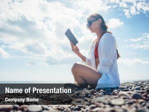 Novel woman reading ebook sea
