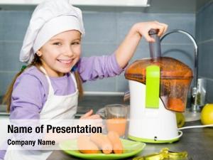 Making little girl carrot juice