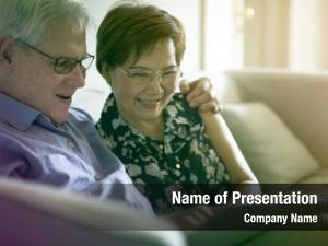 Style photo gradient senior couple