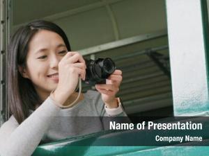 Photo woman taking using digital
