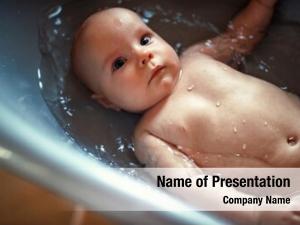 Bath bathing baby