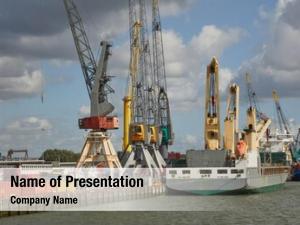 Port crane vessels rotterdam