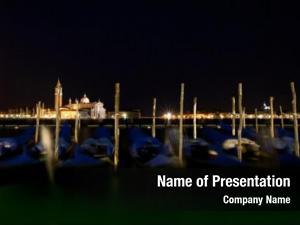 Gondola venice its boats night