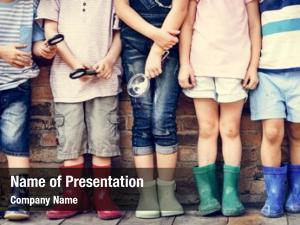 Group of kindergarten ppt theme