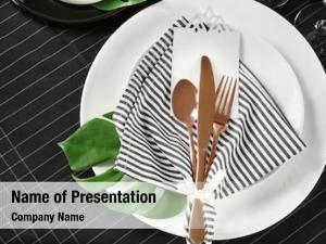 Floral decor table setting with striped