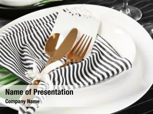 Table setting with striped