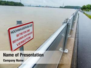 Protection mobile flood embankment