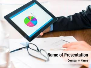 Manager business banker, expert evaluates