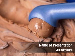 Scoop ice cream makes chocolate