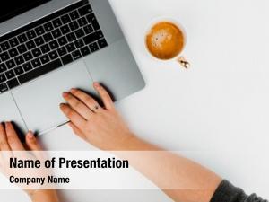 Using female blogger laptop