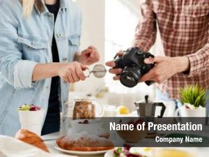 Food photographer and food stylist
