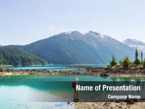 Waters hike turquoise picturesque garibaldi