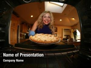 Bakes house wife apple pie
