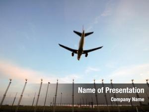 Over plane flying landinglights