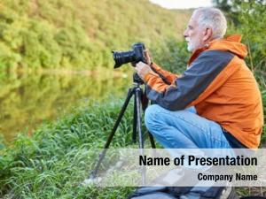 Professional senior photographer nature photographer