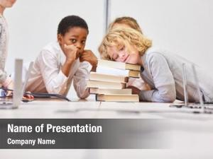 Does group kids homework together