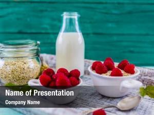 Fresh porridge, oatmeal fruit healthy