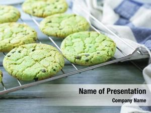 Mint baking grid chocolate chip