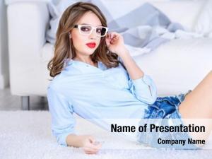 Glasses girl pretty sexy