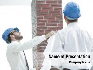 Architect and the foreman of the construction