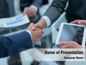 Making business men handshake