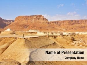 Dry tourist edge picturesque canyon
