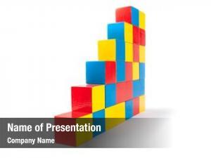 Cubes pyramid toy