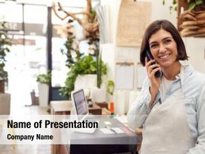 Assistant female sales taking phone